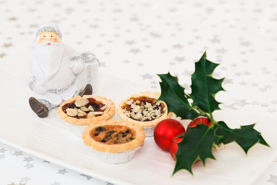 Healthy Ways To Survive A Holiday Eating Frenzy